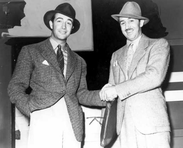 Disney. Основана 16 октября 1923 года братьями Уолтером и Роем Диснеями. Персонажи Диснея становились необычайно популярными с самого начала деятельности компании.