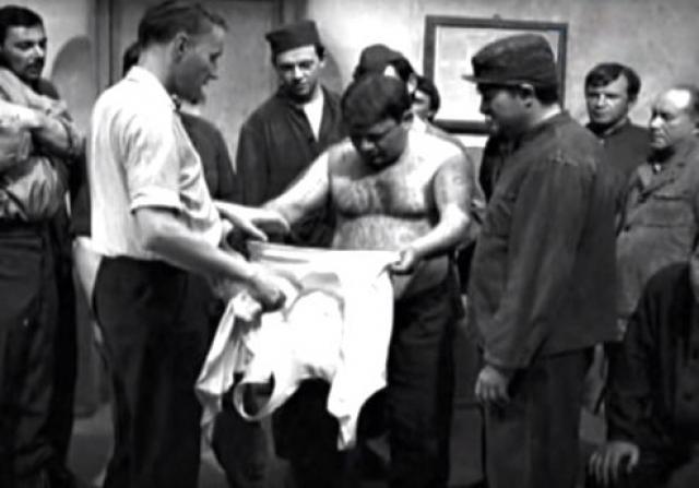 """Александр Серый. Режиссер не отличался простой судьбой: он сидел в тюрьме, пил. Среди его работ такие популярные фильмы, как """"Выстрел в тумане"""", """"Джентльмены удачи"""", """"Берегите женщин""""."""