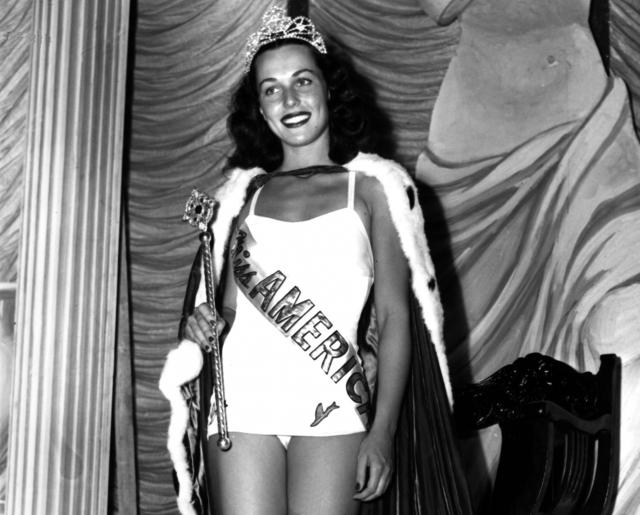 Бесс Меиерсон. Мисс Америку 1945 года можно по праву назвать королевой красоты с самой успешной карьерой в политике.