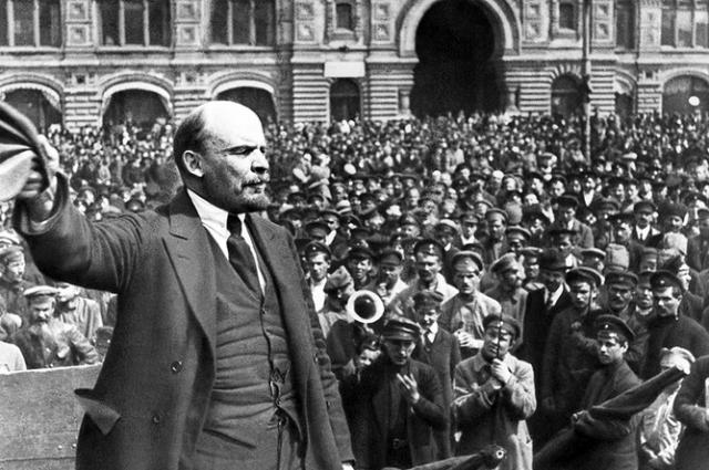 Тайны шалаша Ленина. После большевистской попытки захвата власти 3-4 июля 1917 года в Петрограде Временное правительство издало приказ об аресте более 40 видных деятелей большевистской партии.