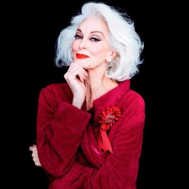 Кармен Делль Орефайс, 88 лет Американская модель, занесенная в Книгу рекордов Гиннесса как подручная модель с самой долгой карьерой.