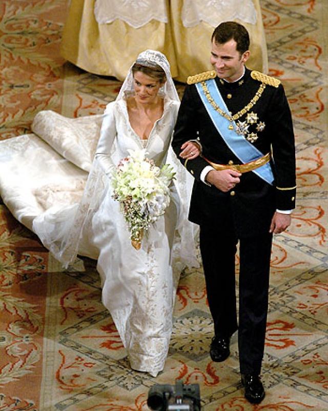 Свадьба Летиции Рокасолано и принца Астурийского Фелипе состоялась 22 мая 2004 года в кафедральном соборе Санта-Мария ла Реаль де ла Альмудена, Испания.