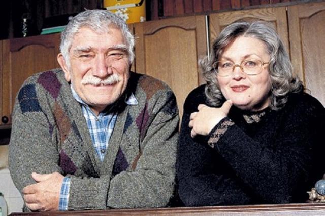 Шокирующим стал развод 79-летнего Армена Джигарханяна и Татьяны Власовой после 40 лет брака.