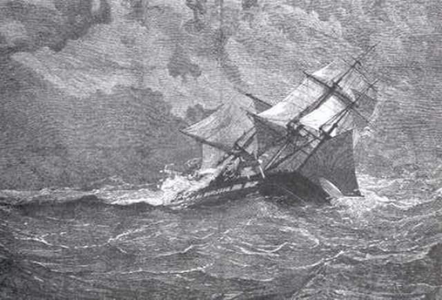 """Спустя несколько лет об """"Эвридике"""" начали говорить, что она стала кораблём-призраком, и будто бы иногда моряки даже видели силуэт таинственного судна, не отвечающего на сигналы, в тумане."""