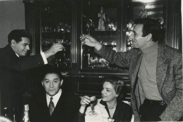 Аркадий Райкин, Леонид Утесов, Симона Синьоре и Ив Монтан в 1956 году.