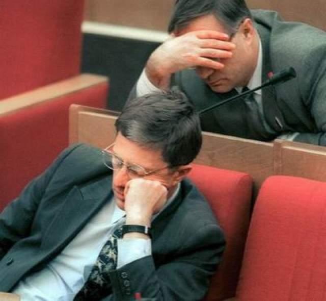 Засыпающие депутаты на очередном заседании Государственной Думы, 2000 год