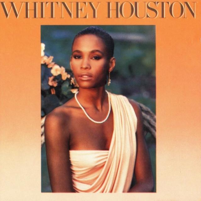 """Дебютный альбом певицы """"Whitney Houston"""" вышел в 1985 году и первоначально не имел успеха. Но сингл """"You Give Good Love"""" изменил судьбу альбома, поскольку достиг почетного бронзового места в нескольких престижных чартах."""