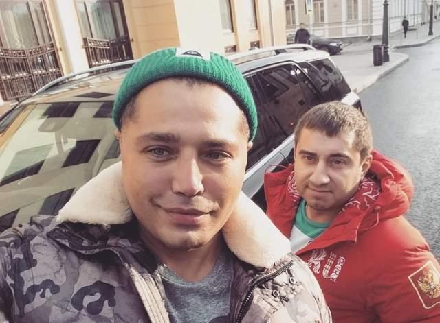 Долгое время о деле ничего не было известно, пока экс-звезда проекта не появился в Instagram у своего друга Рустама Солнцева. Судя по всему, он сумел избежать тюрьмы.