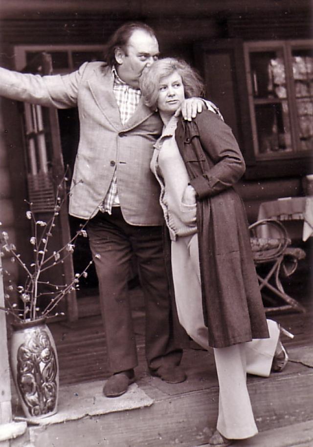 Когда Борис Заходер был ребенком, его семья переехала в Одессу, а затем в Москву. А с 1966 по 2000 год жил в доме в Лесных Полянах, г. Калининград (сейчас г. Королев) Московской области.