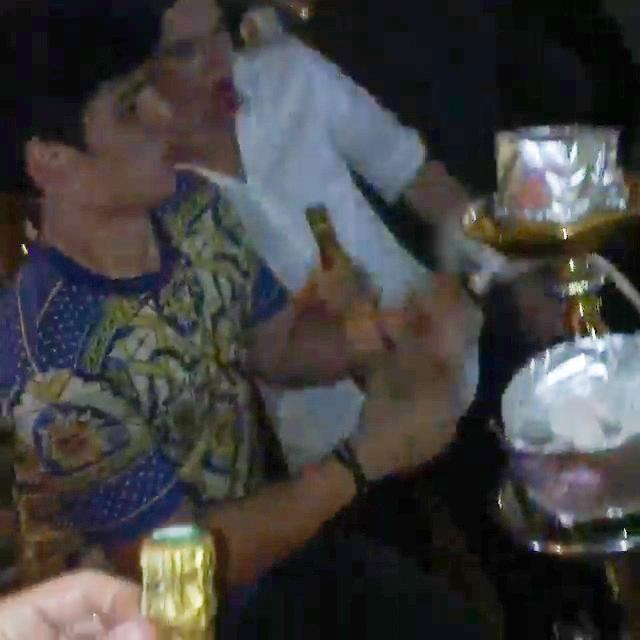 Свое 18-летие Миша с размахом отметил в Монако, поливая приятелей дорогим шампанским.