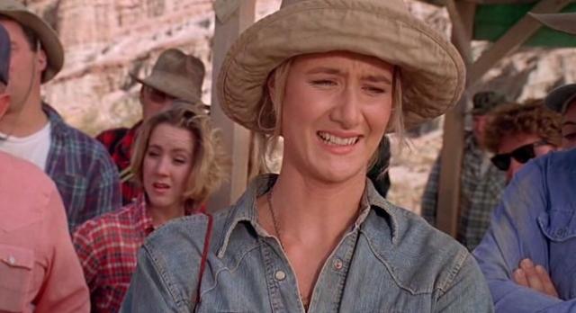 """Но после того, как Стивен Спилберг увидел картину """"Беспутная Роза"""" (1991), он без раздумий отдал роль Лоре Дерн ."""