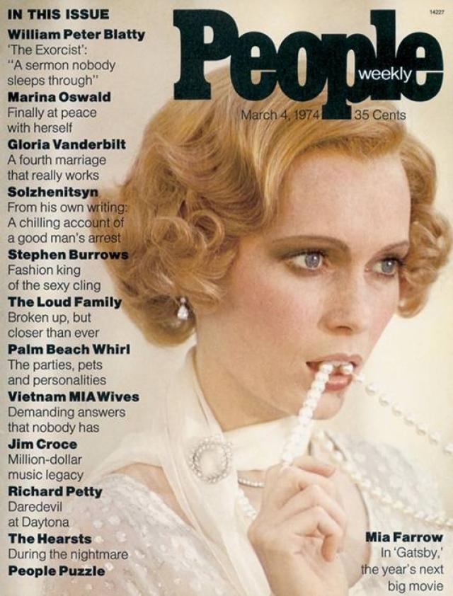 """People, март 1974. На обложке изображена актриса Миа Фэрроу, ставшая звездой после фильма """"Великий Гетсби"""", кусающая нитку жемчуга."""