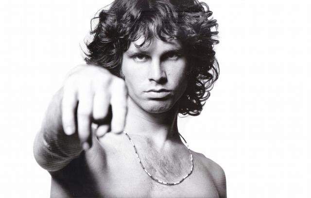 Джим Моррисон считается одним из самых харизматичных фронтменов в истории рок-музыки.