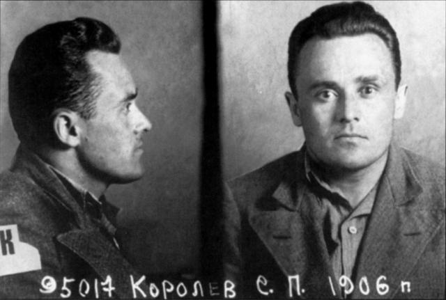 Через 4 месяца конструктора снова приговаривают к 8 годам и направляют в специальную тюрьму, где он работает под руководством Андрея Туполева.