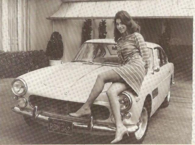 Самое автолюбительское завещание. Последнее желание звезды высшего общества Калифорнии Сандры Уэст состояло в том, чтобы похоронить её в шёлковом ночном халате за рулём любимого автомобиля Ferrari.