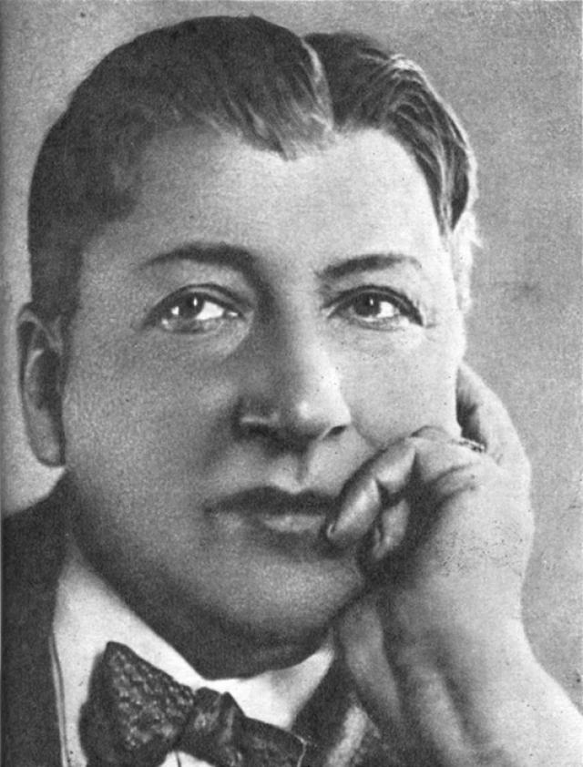 Юрий Юрьев. Великому актеру уже было 45 лет, когда к власти пришли большевики, он считался одной из главных звезд российского театра, но и при рабоче-крестьянской власти его карьера пошла только в гору.