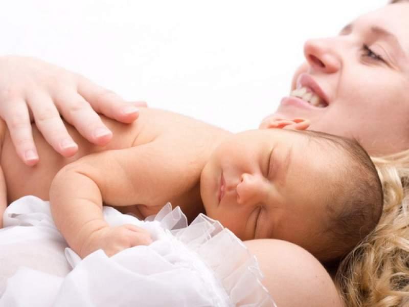Новости дня: Врач назвал возрастной порог для рождения первого ребенка