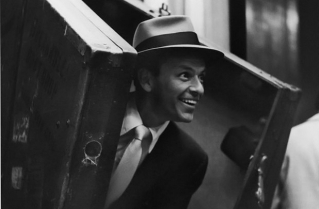 До самой смерти Синатру так и не смогли уличить в связях с мафией. В декабре 1998 года, спустя полгода после смерти певца, ФБР рассекретило свое досье на Фрэнка Синатру. Неопровержимых доказательств его связи с мафией в деле не оказалось.