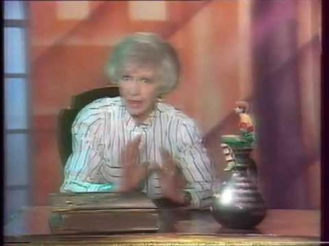 В 1991 году было решено вновь пригласить Валентину Леонтьеву и вернуть старое название. Однако в эфир вышли лишь две новогодних передачи.