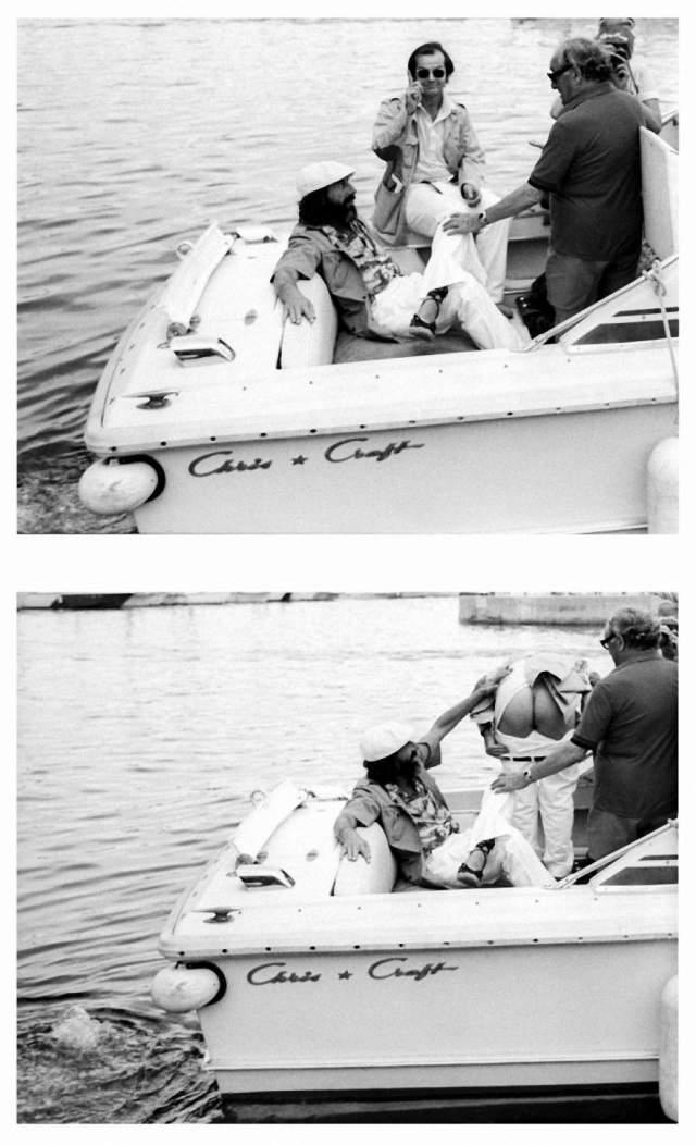 А здесь Джек Николсон в свойственной ему манере приветствует папарацци . Дело происходило в Сен-Тропе в 1976 году. Счастливчиком, увидевшим зад звезды, был Ксавьер Мартин.