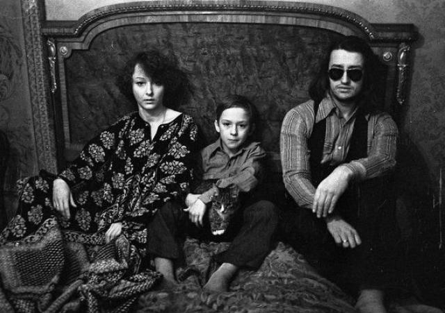Анастасия Вертинская и Александр Градский. Вторым мужем актрисы стал знаменитый советский певец. Увы, этот брак, как и первый с Никитой Михалковым, тоже не продлился долго, вскоре пара рассталась. После второго развода Анастасия больше не выходила замуж.