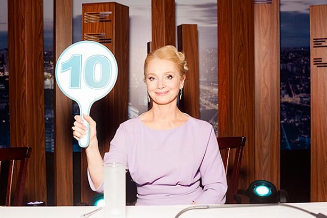"""С 2016 года Беляева стала членом жюри в хореографическом телешоу """"Танцы со звездами"""", и хотя выглядит довольно привлекательно, юную Оленьку в ней узнать можно с трудом."""