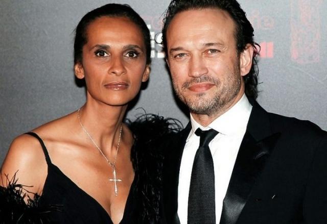 Венсан Перес и Карин Силла. Модель из Сенегала с наполовину французскими корнями была замужем за Жераром Депардье от которого растит дочь Роксану.