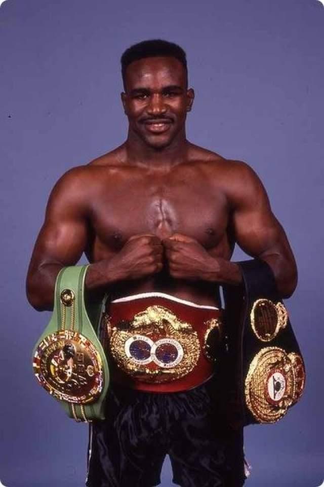 28 июня 1997 года в Лас-Вегасе состоялся второй бой за чемпионский титул в тяжелом весе между Майклом Тайсоном и Эвандером Холифилдом. На то время Холифилд уже один раз нокаутировал Тайсона, отобрав у Железного Майка за год до этого чемпионский пояс, и теперь сам выступал в роли защищающего титул.