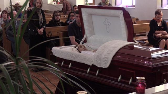 Целительница скончалась в Москве 8 июня 2015 года на 66-м году жизни. Перед смертью два последних дня пробыла в коме. 13 июня похоронена на Ваганьковском кладбище рядом с могилой сына.
