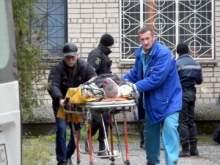 В суде Никополя отец жертвы кинул в убийцу две гранаты: двое погибших, 7 раненых
