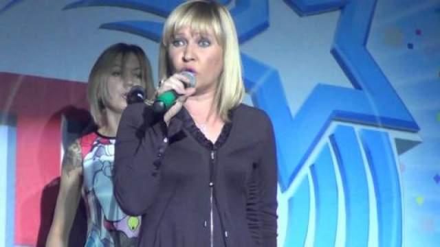 """Теперь """"Комбинацию"""" и ее солистку Татьяну Иванову можно увидеть на сборных концертах """"Ретро FM"""" и корпоративах."""