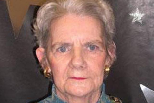 Мэри Коул , страдавшую болезнью Альцгеймера, сотрудники госпиталя просто-напросто забыли. Ее исчезновение было обнаружено лишь спустя четыре дня. Женщину нашли запертой в шкафу, она умерла от обезвоживания.