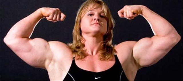 """Американка Бекка Свенсон носит гордый титул """"Самая сильная женщина на планете"""". Она установила не один мировой рекорд, которые не в состоянии побить даже сильные мужчины."""
