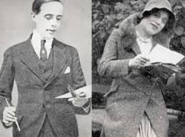 Привычная жизнь пары изменилась, когда однажды на работу не пришла натурщица Герды, и она попросила мужа надеть чулки и туфли на каблуках, чтобы иметь возможность писать его ноги вместо ног отсутствующей модели. Вегенер испытал чувство странного комфорта в женской одежде.