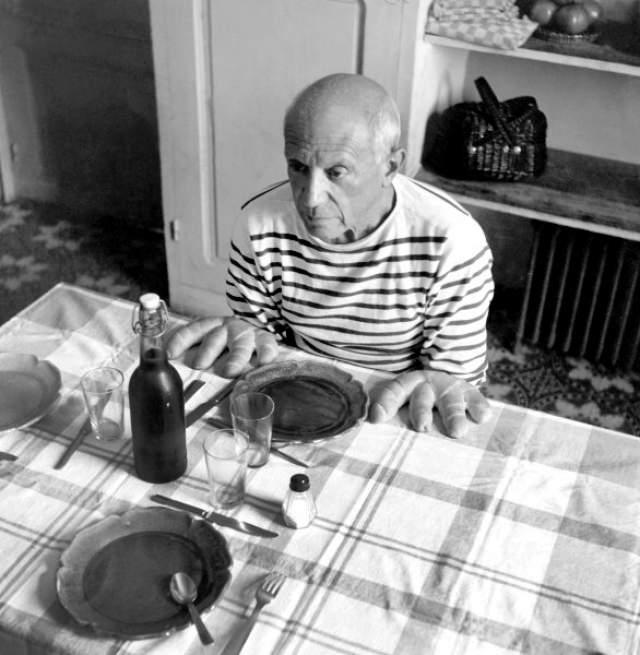 """Его друг Робер Дуано сделал два кадра и один из них так и назвал - """"Пикассо""""."""