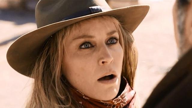 На роль планировалось пригласить Монику Беллуччи, но в ее расписании не нашлось свободных дней, поэтому ее место заняла Стоун.
