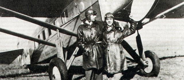 Вскоре он становится летчиком-испытателем и несколько раз чуть не погибает при аварии. Во время Второй мировой он служит военным летчиком, совершает боевые вылеты, разведывает военные части врагов и награждается за это Военным крестом.