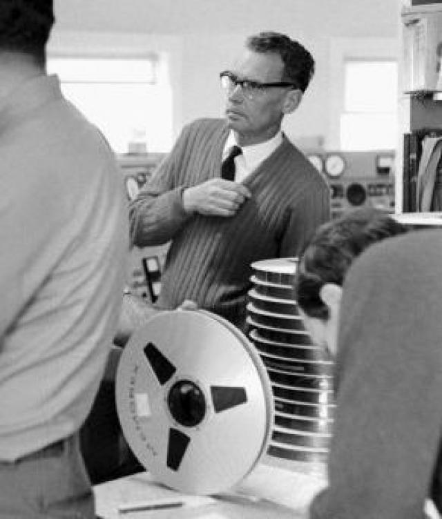 """В 2009 году представитель NASA заявил, что оригинальная видеозапись первой высадки на Луну (45 катушек с пленкой, относящихся к экспедиции """"Аполлона-11"""") утеряна."""