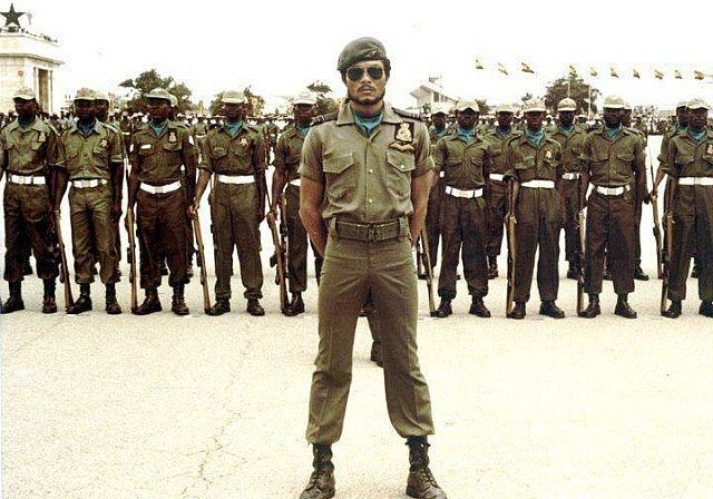 Джерри Ролингс -государственный, военный и политический деятель Республики Гана, глава государства в 1979 и 1981—2001 гг.