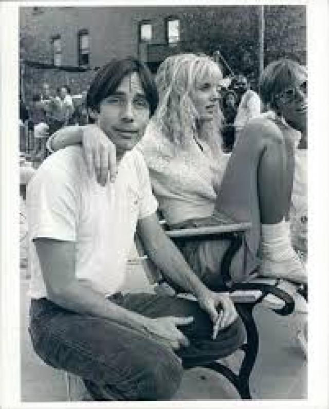 Его первой женой была актриса и модель Филис Мэджор, которая родила ему сына Итана Зейна в 1973 году.