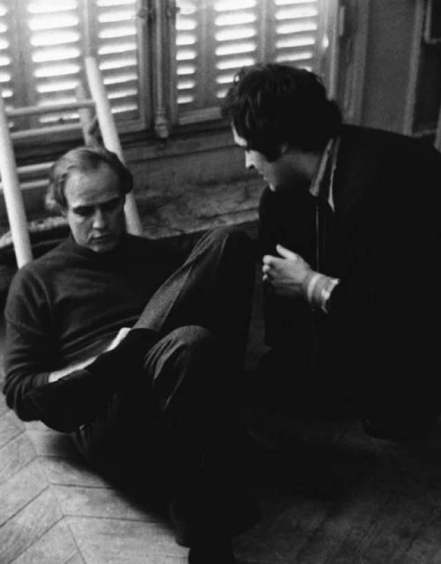 """Марлон Брандо и Бернардо Бертолуччи на съемках фильма """"Последнее танго в Париже"""""""