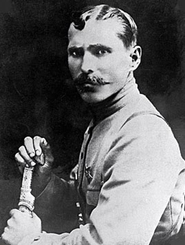 Василий Иваныч Чапаев.