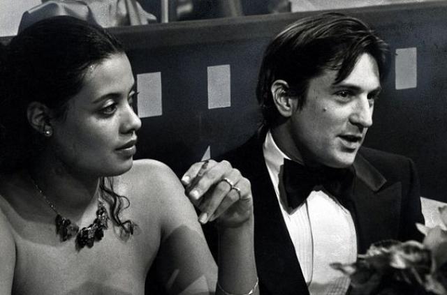 Роберт Де Ниро. Актер был женат дважды. Его первой избранницей стала певица и актриса Дайэнн Эбботт, брак с которой распался в 1998 году.