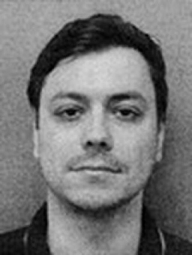 Попеску и его сообщникам удалось заработать таким образом $3 млн. В результате махинаций пострадало почти 800 пользователей.