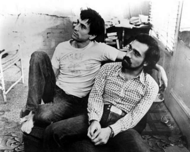 """""""Таксист"""" (1976) - еще один успешный фильм режиссера. И вновь в главной роли Роберт Де Ниро."""