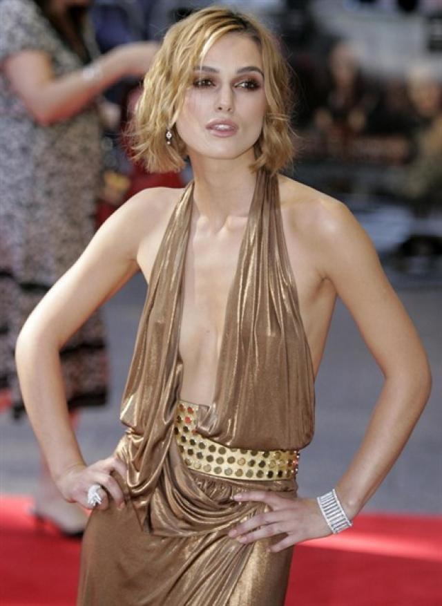 Кира Найтли. Британскую актрису давно критикуют за излишнюю худобу.