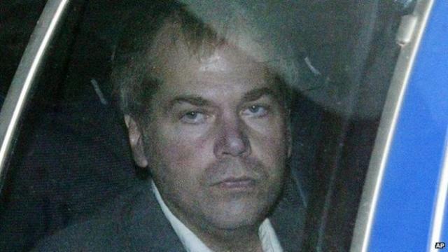 Хинкли был признан невиновным по причине невменяемости и ему был поставлен диагноз шизофрении.