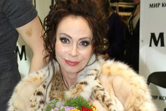 С мужем Марина развелась в конце 2000-х. Мужчина исчез из жизни Хлебниковой и прихватил $500 тыс, которые одолжил ему Иосиф Пригожин.