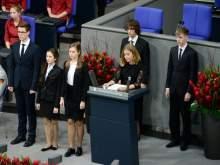 СМИ: школьники каялись в Бундестаге за иностранный грант