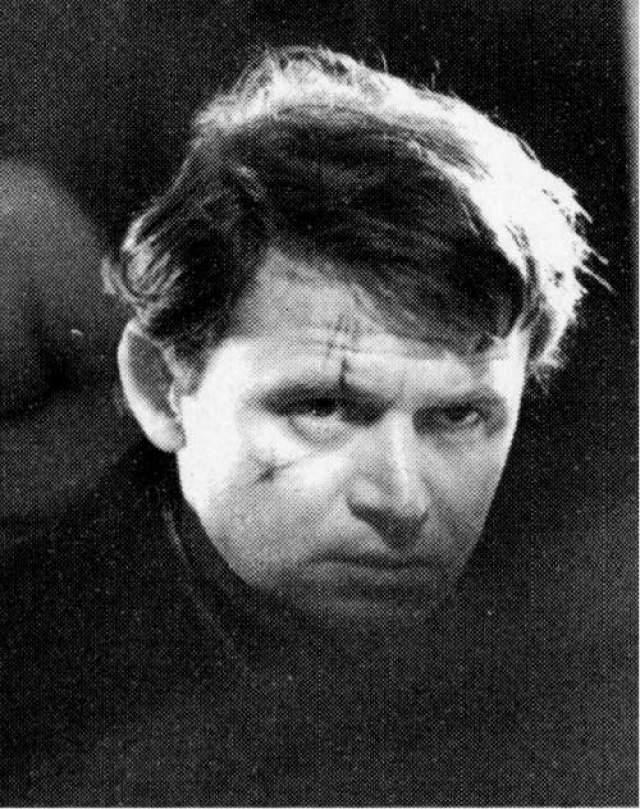 На роль Шарапова пробовался Сергей Никоненко, который потом в кино сыграл множество милиционеров, но его мечта стать Шараповым не осуществилась.